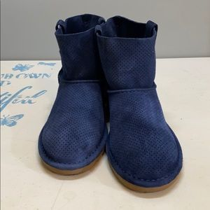 Navy Blue perforated UGG boot sz. 7